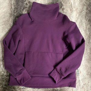 LULULEMON pull over fleece sweater